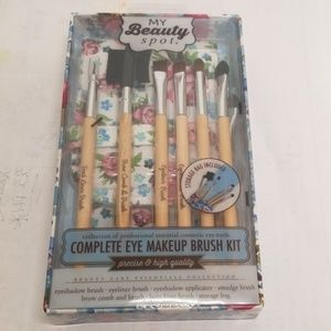 New Complete Makeup Eye Brush Kit